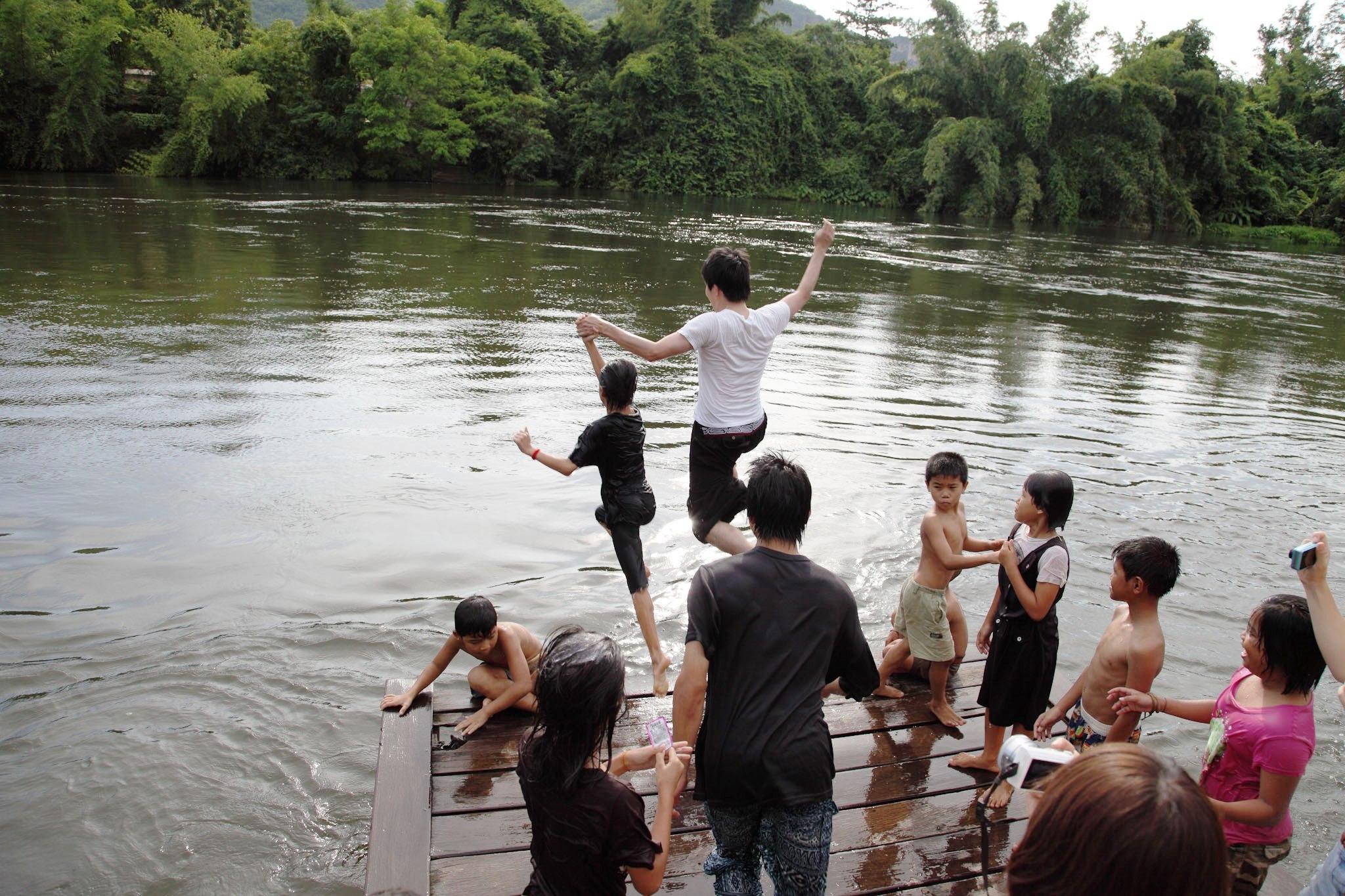 【関空発】タイ 孤児院の子どもたちと遠足へ!笑顔と思い出を作る活動6日間