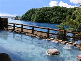 ホテル中の島 露天風呂