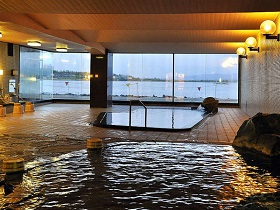 ホテル北陸古賀乃井 露天風呂
